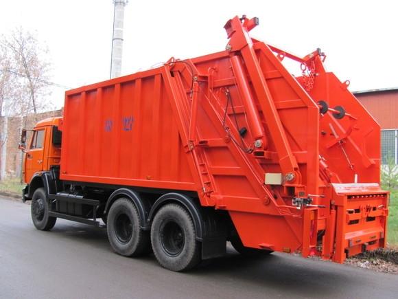 Харьковчанку насмерть сбил мусоровоз
